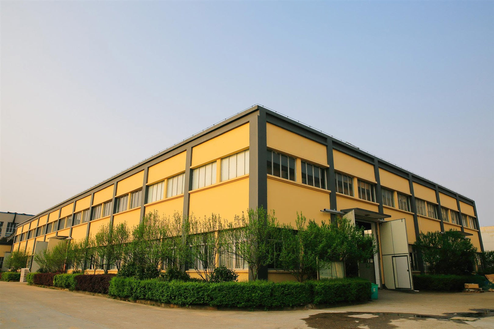 Tillak Manufacturing