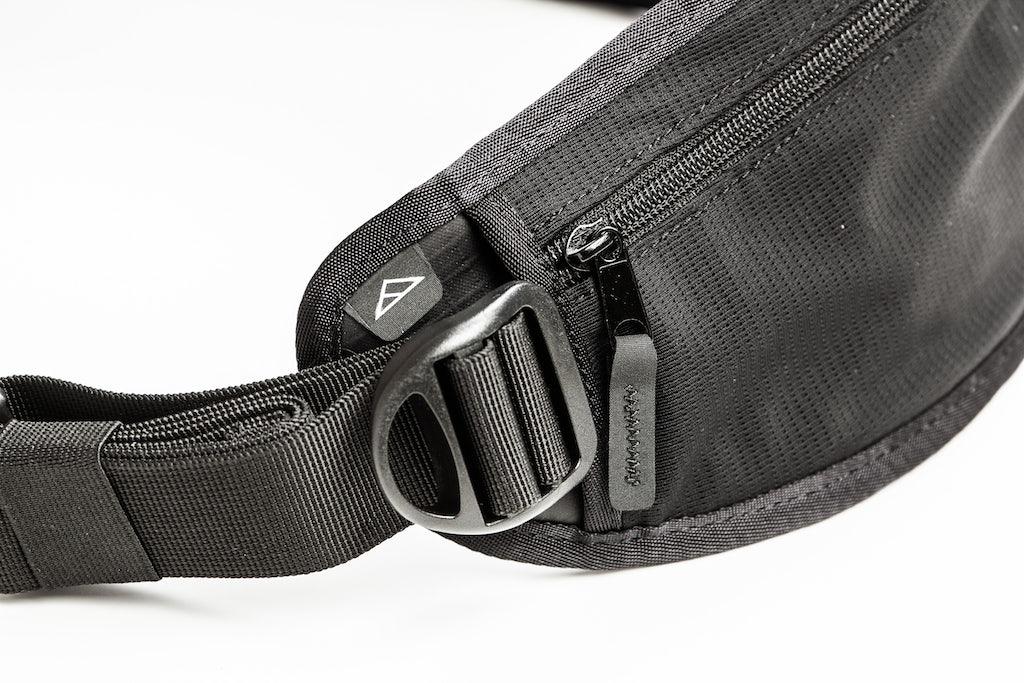 Tillak Siletz 35L Waterproof Backpack Highlight