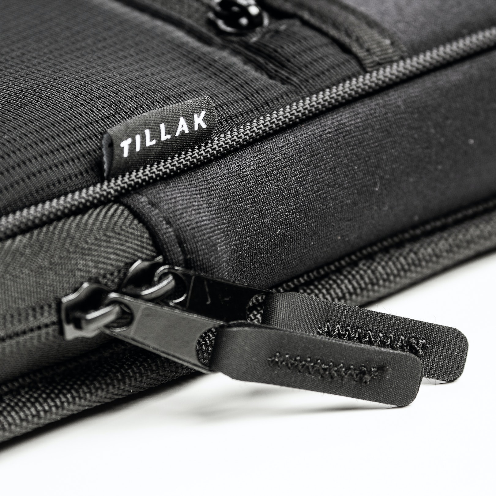 Tillak Siletz Laptop Sleeve