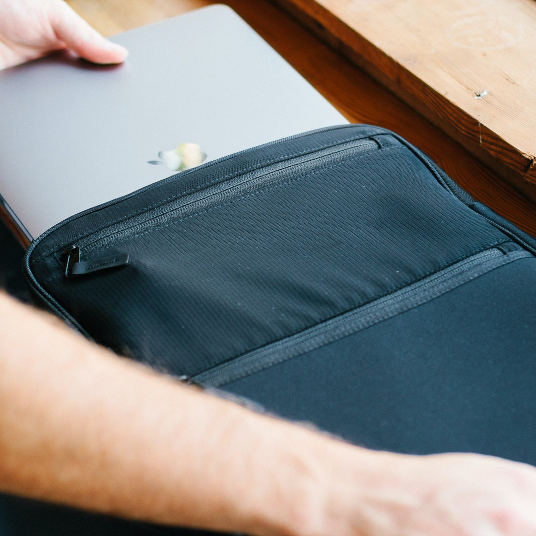 Tillak Siletz Laptop Sleeve